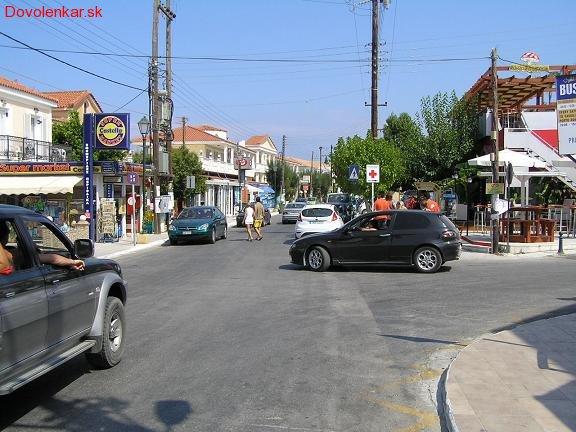 Križovatka v Argassi, dôležitý bod na stretávanie sa ;-)
