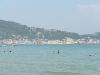Pláž kúsok od Locandy s výhľadom na Zante town