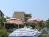 Záhradná pláž pre hotelom Locanda